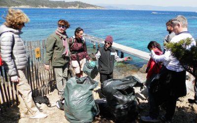 Nettoyage des plages à Port-Cros Dimanche 25 Mars 2018